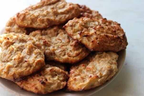 Овсяно-яблочное печенье с изюмом